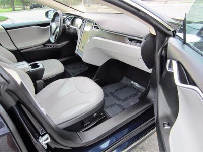 2013 Tesla Model S Sedan