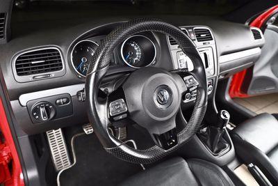 2012 Volkswagen Golf R w/Sunroof & Navi