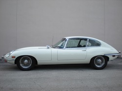 1970 Jaguar E-Type XKE Sedan