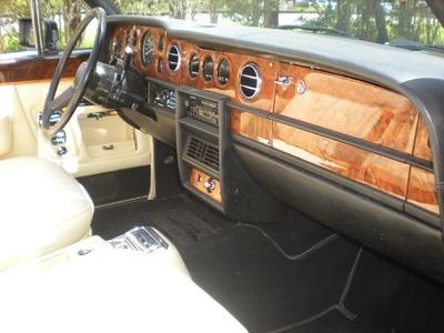 1986 Rolls-Royce Corniche Convertible