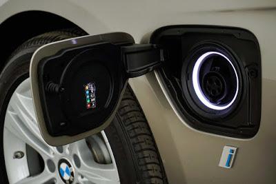 2018 BMW 3 Series 330e iPerformance